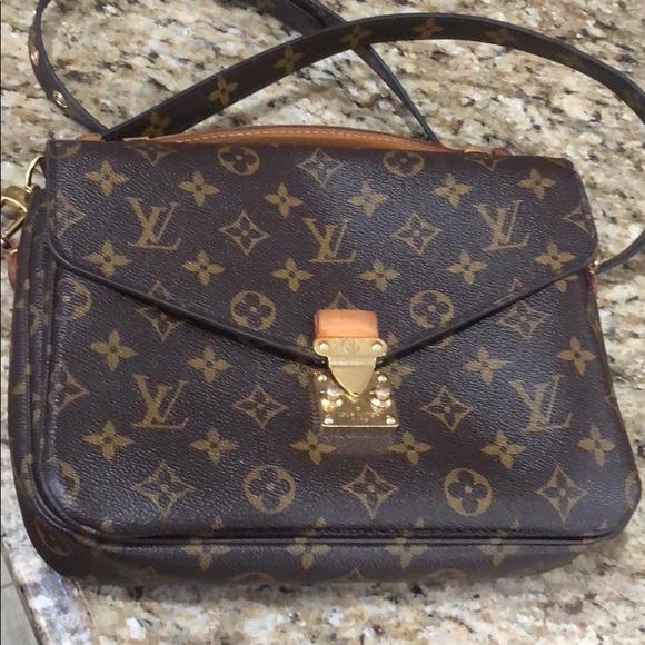 c7e894548aaa Louis Vuitton Handbags - (POCHETTE METIS) AUTHENTIC LOUIS VUITTON PURSE